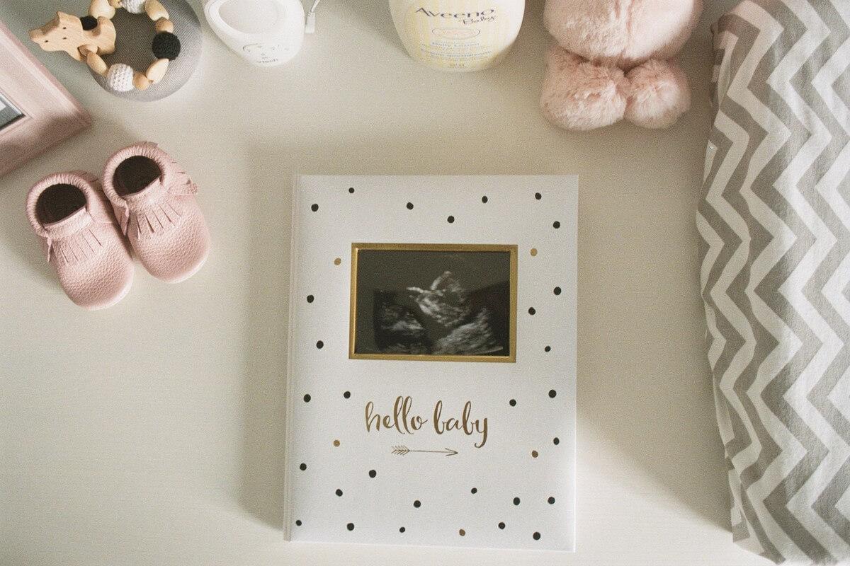 4 cadeaux de naissance utiles à de jeunes parents